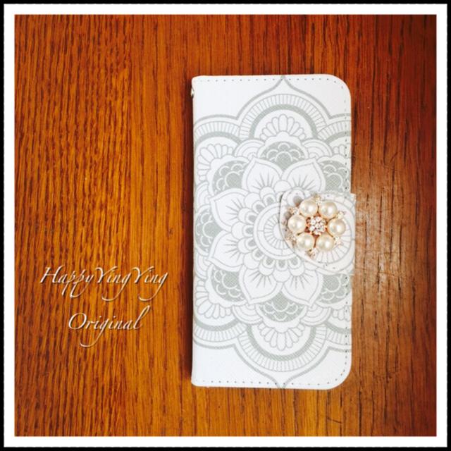 【iPhone6Plus、6SPlus】ホワイトロータス花柄手帳型ケース