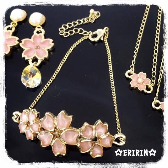 桜のブレスレット