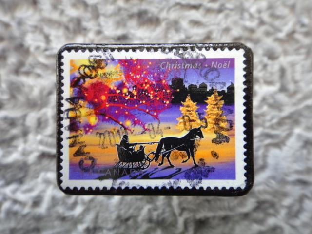 カナダ クリスマス切手ブローチ538