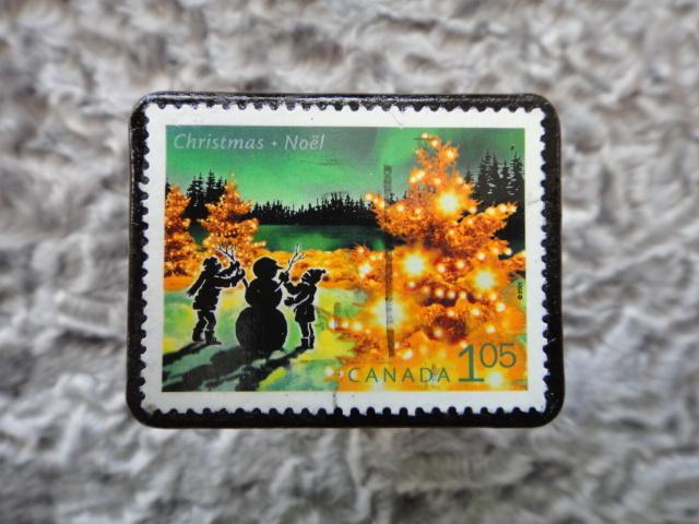 カナダ クリスマス切手ブローチ537