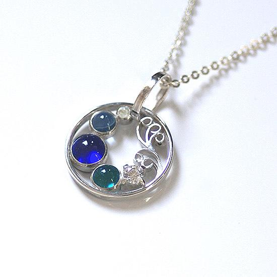 Silver × glass ripple pendant