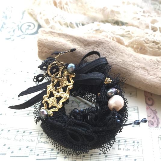 黒鳥オディールのチュチュブローチ*黒すずらん