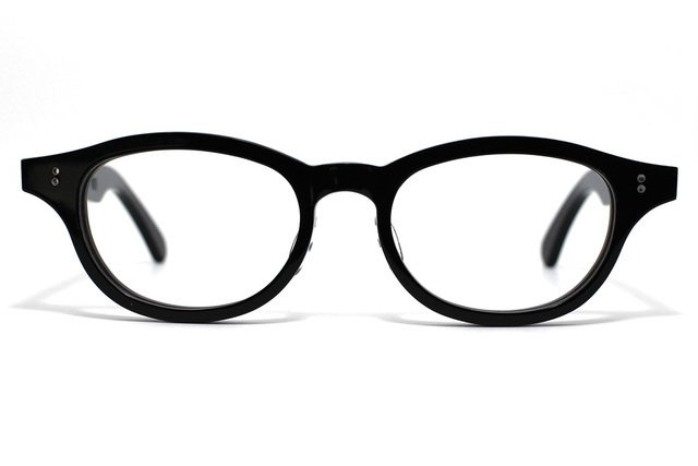 漆黒のようなダークブラウンのセルロイドメガネ068-BB