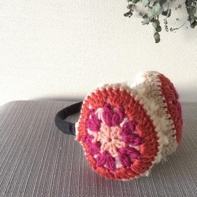 モチーフ編みのイヤーマフ(ピンク×ピンク)
