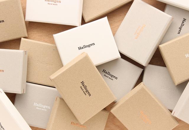 【箔押し名入れ】角留め箱ギフトボックスL(50個)100×120×22㎜ (緩衝材付) 日本製 名刺 box ラッピング ケース 箱 オリジナル  SK04