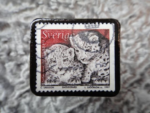 スウェーデン 切手ブローチ 572