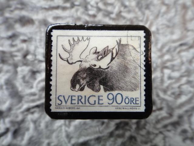 スウェーデン 切手ブローチ 574