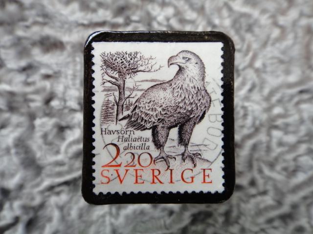 スウェーデン 切手ブローチ 578