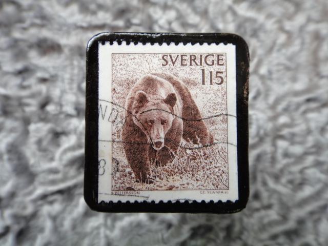 スウェーデン 切手ブローチ 580