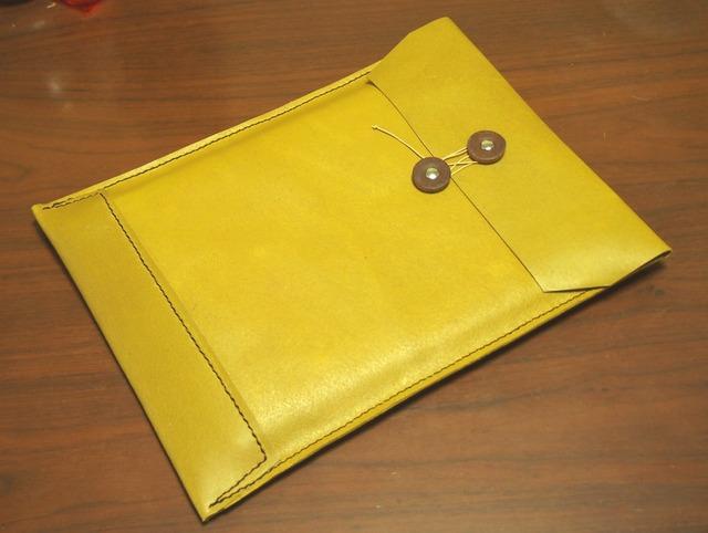 トスカーナ床革のマニラ封筒 A4ファイル対応