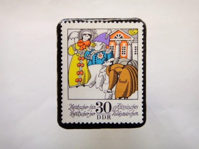 旧東ドイツ  童話切手ブローチ613