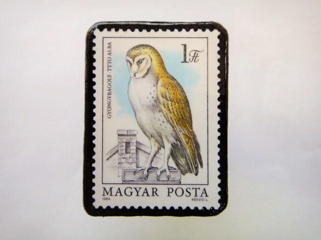 ハンガリー ふくろう切手ブローチ620