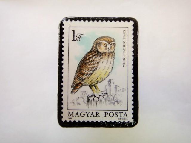 ハンガリー ふくろう切手ブローチ621