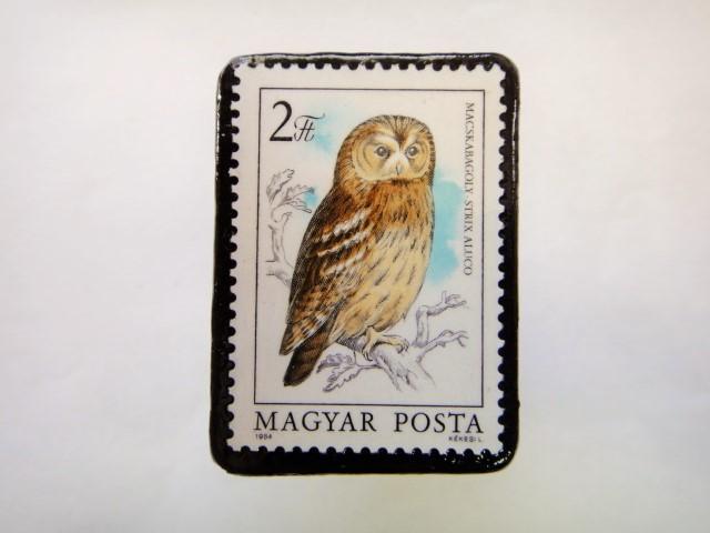 ハンガリー ふくろう切手ブローチ623