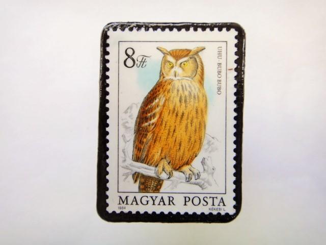 ハンガリー ふくろう切手ブローチ626