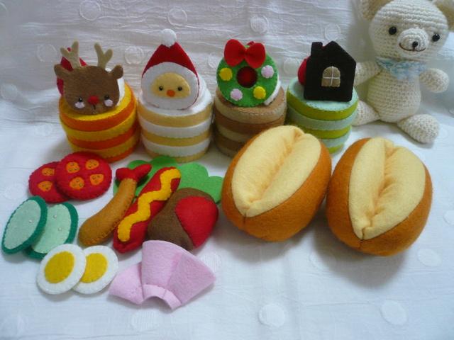 t様オーダー品【送料無料】クリスマスケーキ4個サンドパン2個