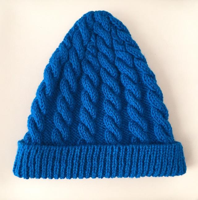 アラン模様のニットキャップ ブルー
