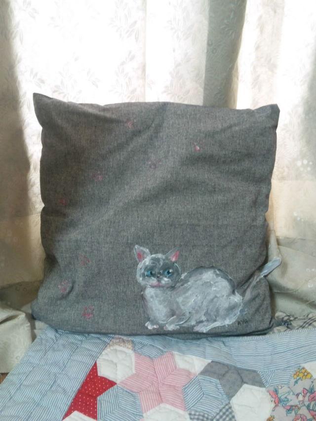 送料無料 猫クッションカバー 白猫