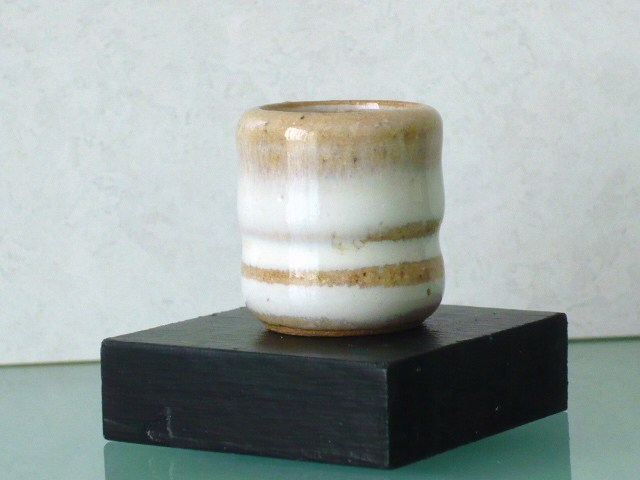 ミニチュア陶器☆花入 白輪
