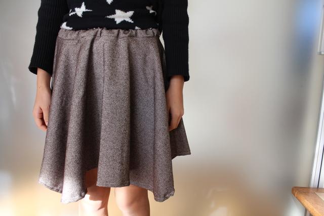 茶色サーキュラースカート