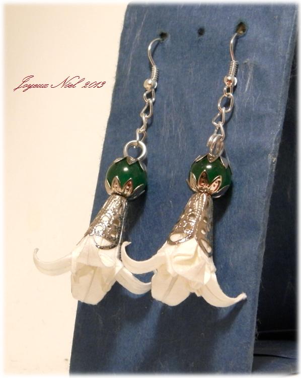 オリガミピアス・華 菖蒲(Iris Blanc Jade I3KAr)