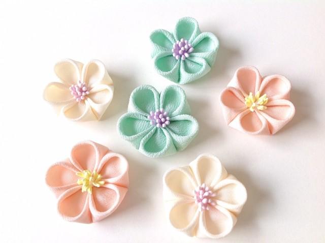 小梅の正絹ブローチ【アイスクリームカラー】