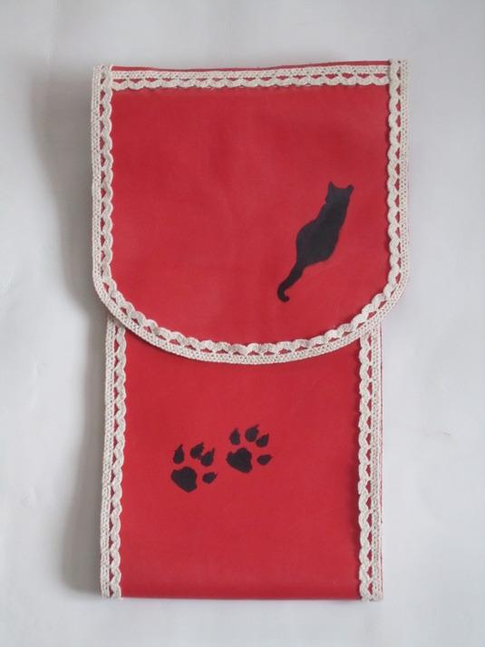 牛皮で作りましたトイレペーパーカバー(赤茶色の猫シルエット1)