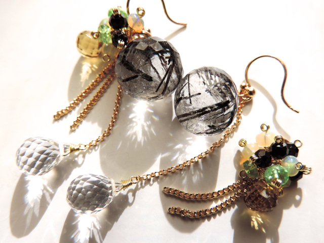 A�͢���ͽ����ʡ� Dress nicely ��Pierce & charm by K18