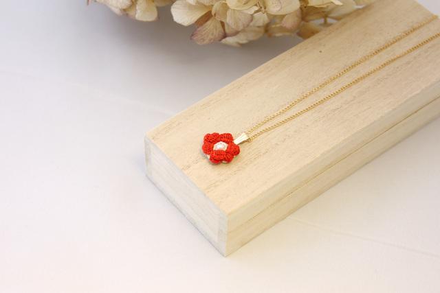 キンポウゲ ネックレス(紅色/K14GF)