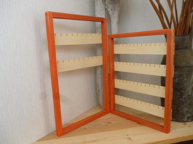 可愛いオレンジ色のピアス&アクセサリースタンド\u203b