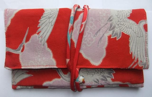 着物リメイク 羽織の裏地で作った和風財布 980