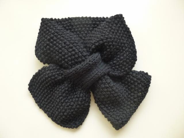 ポコポコかのこ編みプチマフラー(ブラック)