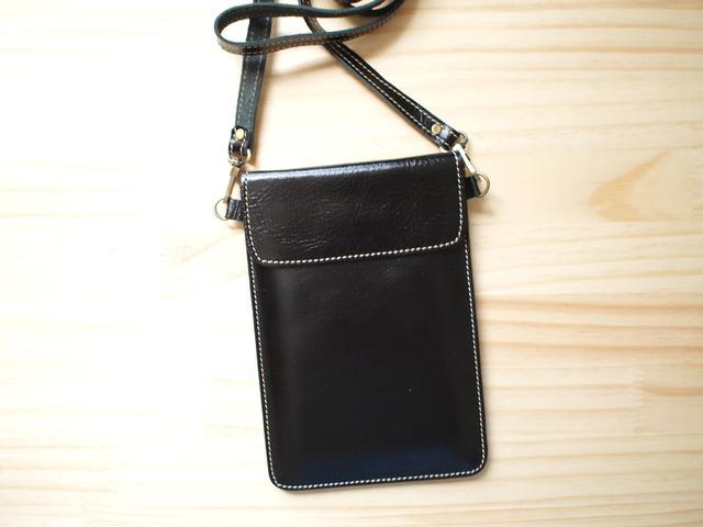 パスポートバッグ Travel Passport leather bag, BLACK