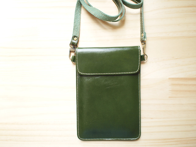 �ѥ��ݡ��ȥХå� Travel Passport leather bag, GREEN
