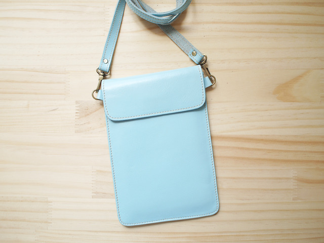 �ѥ��ݡ��ȥХå� Travel Passport leather bag, PASTEL BLUE