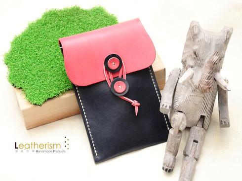 ダークブルーxピンク(牛革)手縫い携帯ケース