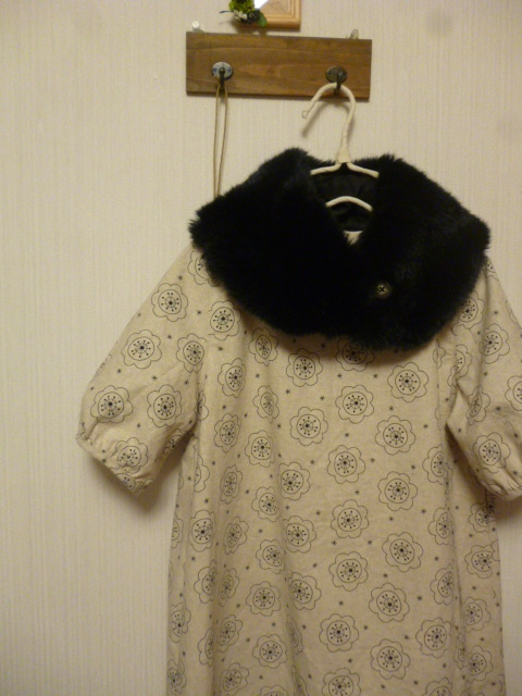 北欧調綿麻の後ろタック半袖ワンピティペット付き