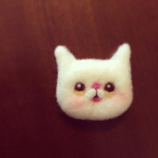 羊毛猫さんブローチ