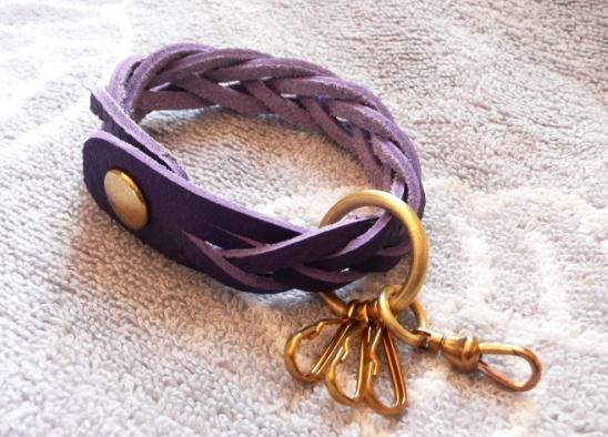 【ご予約品】真鍮パーツのマジック編みキーホルダー(トリヨン紫)new!