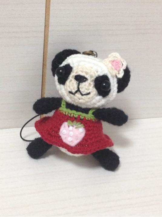 139 いちごワンピ パンダちゃん ストラップ