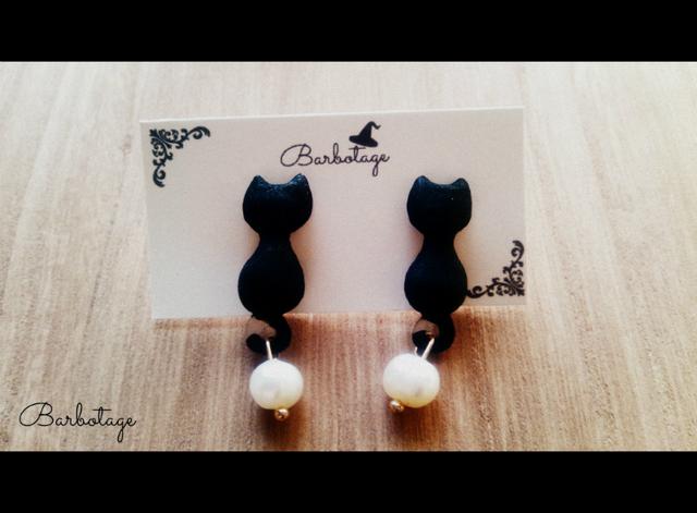 ゆらゆらしっぽ 黒ネコのイヤリング