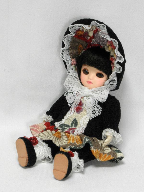 手作り人形 瓜型 黒