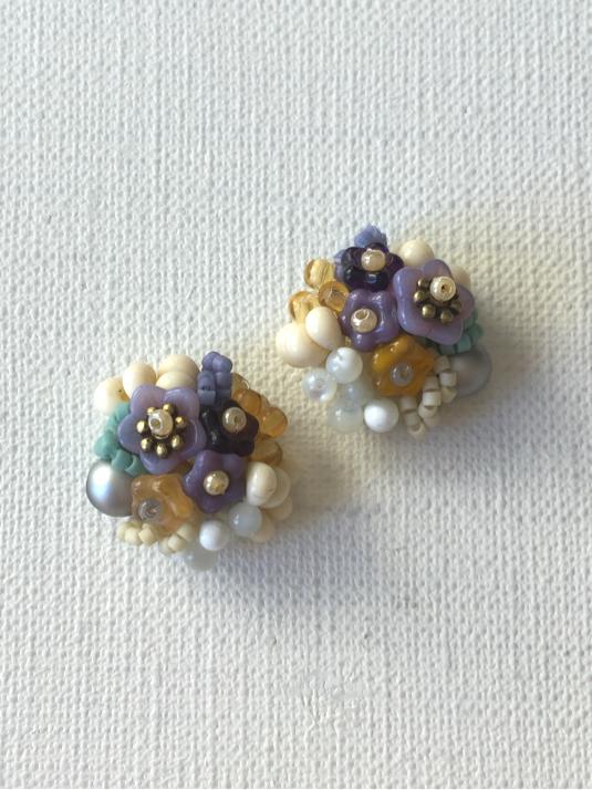 【再販】花と木の実ピアス/petal