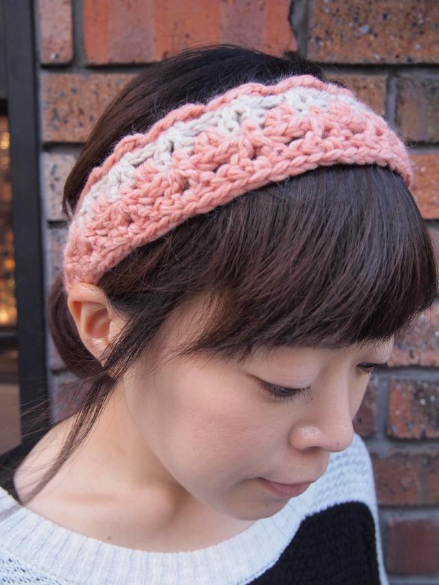 かぎ針編みのヘアバンド【ミルキーピンク】