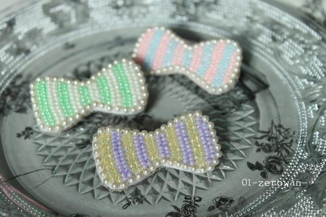 リボンブローチ ビーズ刺繍