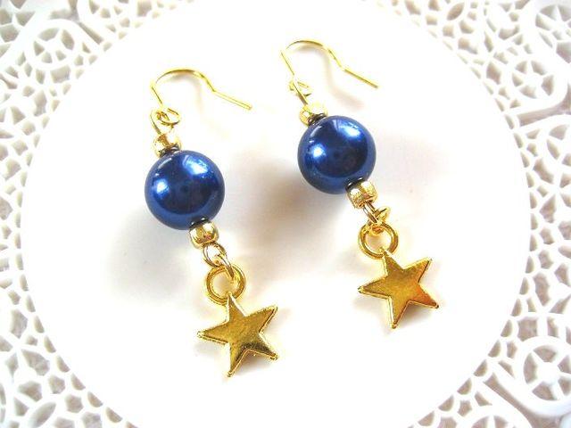 紺色パールと金の星のピアス_459