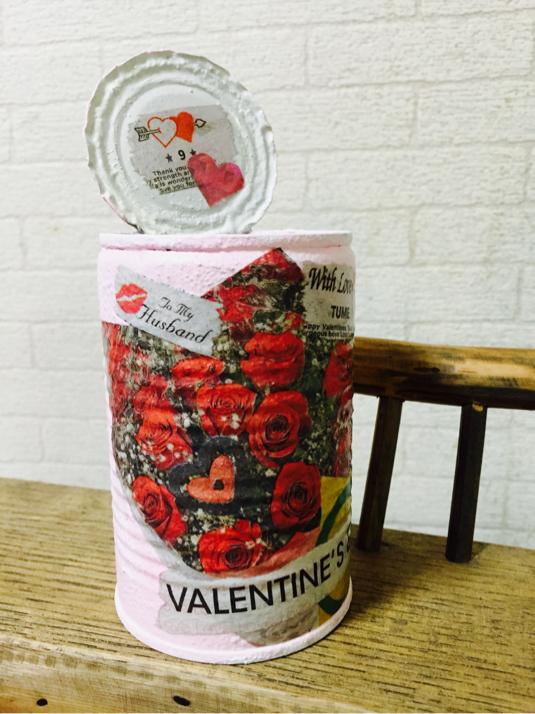 バレンタインデー??ピンク缶!リメイク缶