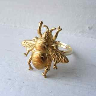 昆虫リング「蜂」