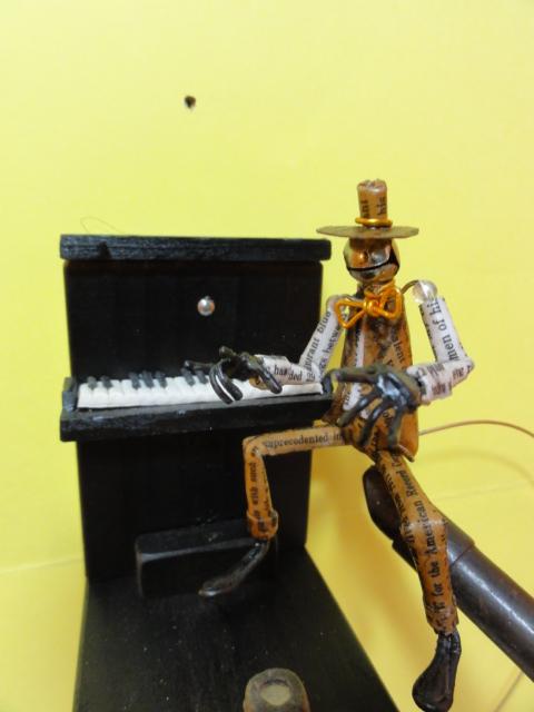 ノリノリ・バランス・トイ(やじろべー) ピアノ01