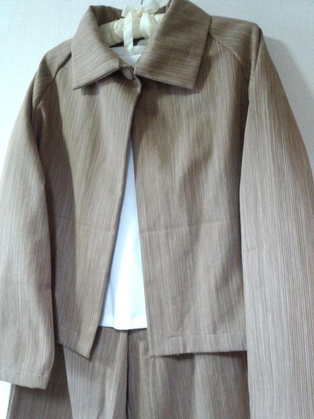 Lサイズ 茶系のジャケットとワイドパンツのスーツ